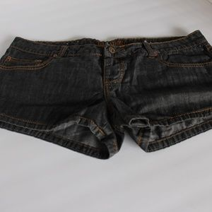 Billabong Low Rise Black Denim Shorts Junior Sz. 9